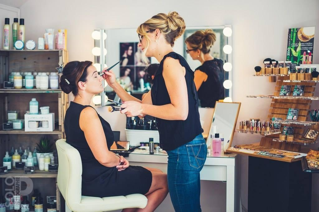 Organic Make-Up - bio and mineral makeup studio